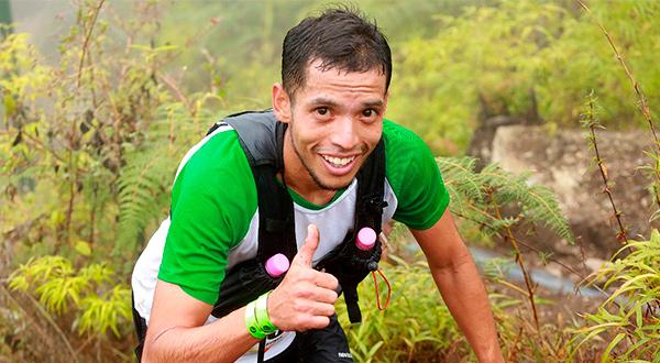 A pesar de lo difícil del trazado, una sonrisa siempre para las cámaras/Cortesía Retos.Info